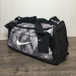🛍NIKE BRASILIA DUFFLE BAG 61L como